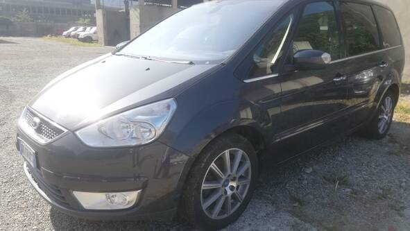 Ford Galaxy 6+1 - 2.0TDI